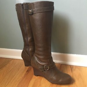 Type Z Brown/Olive Leather Upper Size 8 Boots